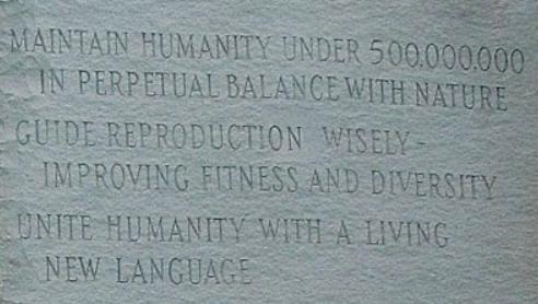Dette billede har ingen alternativ tekst; filens navn er georgia-guidestones-commandments.png